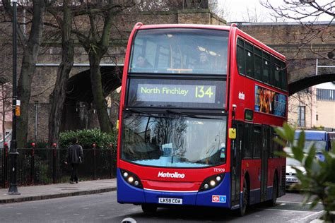 London Bus Routes | Route 134: North Finchley - Tottenham