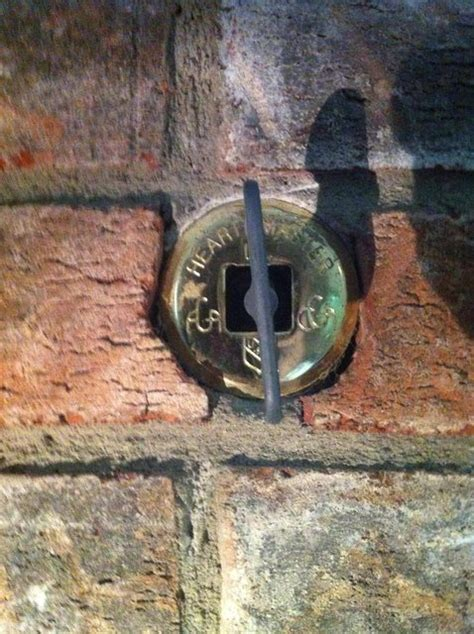 What is this knob for on my fireplace? - Home Improvement