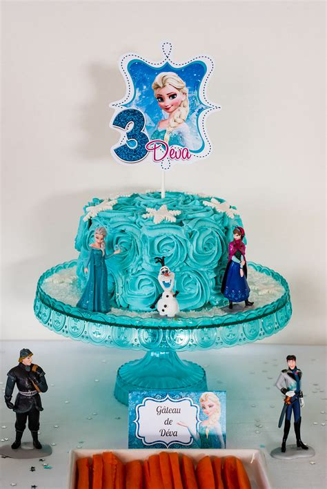 "{ Sweet Table } Anniversaire ""Reine des Neiges"" - Lilie Bakery"